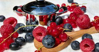 Alimentele afrodisiace care il excita, in functie de zodia lui - Ce sa-i gatesti ca sa-l duci in pat