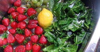 De ce sa-ti speli fructele si legumele cu bicarbonat de sodiu. Te vei indragosti de trucul asta