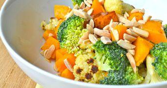 Reteta de salata pentru slabit. Elimina toxinele din corp si te ajuta sa arzi calorii