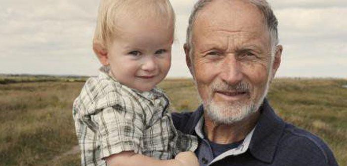 Ce se intampla cu bebelusii nascuti din tati batrani