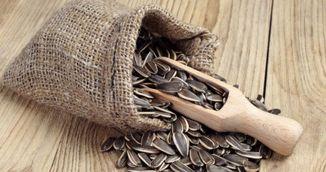 Adevarul despre semintele de floarea-soarelui: ajuta sau nu la slabit?
