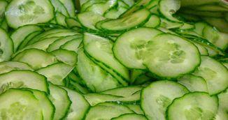 Salata de vara care iti scade colesterolul si regleaza tensiunea