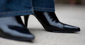 Cum sa-ti faci pantofii de piele sa straluceasca pe loc! Incearca doua trucuri complet naturale