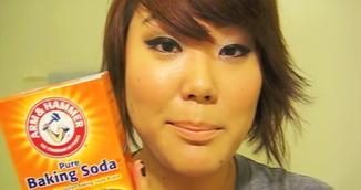 VIDEO! Truc incredibil! De ce sa te speli pe fata cu bicarbonat de sodiu!