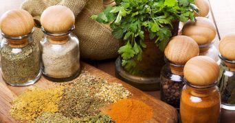 Remedii naturale pentru o multime de boli. Cum sa te vindeci cu alimente pe care le ai in bucatarie