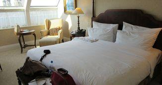 De ce este mult mai greu sa adormi intr-un pat de hotel decat in propriul pat! Sigur nu stiai asta!