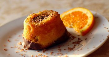 VIDEO! Cum sa faci cea mai rapida prajitura la cana! E gata in doua minute!