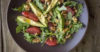 Salata geniala pentru detoxifierea ficatului. Face minuni pentru sanatate si silueta