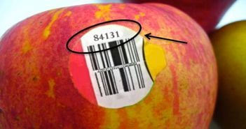 Daca vezi eticheta asta pe un fruct, nu il cumpara! Uite de ce!