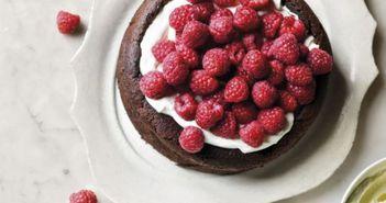 Cea mai usoara reteta de tort de ciocolata fara faina! E gata imediat!