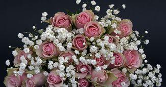 Ce sa faci ca florile pe care le-ai primit sa reziste mai mult!