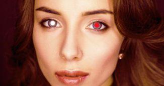 Si-a facut o fotografie cu blit si a observat ca doar unul din ochi este rosu. Ce descoperire socanta a facut apoi