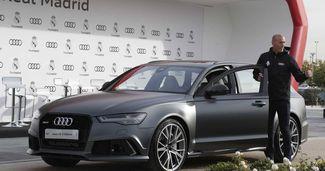 Galacticii și-au primit noile mașini Audi. Uite ce mașină a ales Cristiano Ronaldo