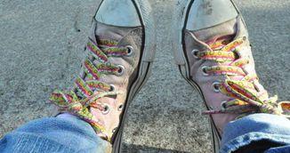 Pantofii te pot imbolnavi. Cum este posibil
