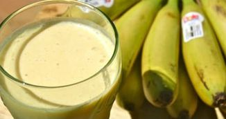 Trei bauturi cu banane care te ajuta sa slabesti. Ard grasimea pe loc