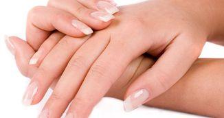 Trucuri geniale pentru unghii puternice! Iata cinci sfaturi simple!