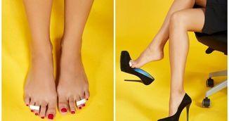 Si-a pus banda adeziva pe degetele de la picioare, apoi s-a incaltat in pantofi cu toc! Vei incerca asta imediat!