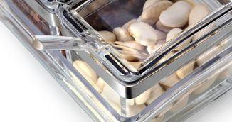 Nu iti mai pune niciodata alimentele in recipiente de plastic. Iti faci rau singura