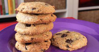 Cookies cu cocos si ciocolata neagra. Perfecte pentru dieta