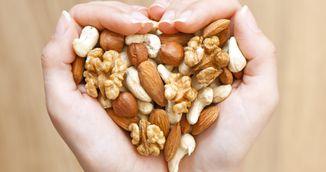 Nucile si semintele pe care trebuie sa le incluzi de astazi in alimentatie. Te ajuta sa slabesti