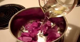 Ceaiul de trandafiri face minuni! Cum sa-l consumi si ce boli vindeca