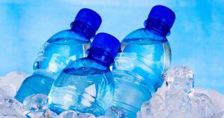 Bei apa rece? De ce este acest obicei periculos